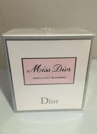 Miss Dior (absolutely blooming). Dior