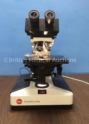 Мікроскоп - Leitz Diaplan Microscope