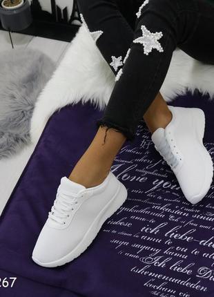 Стильные кроссовки фил