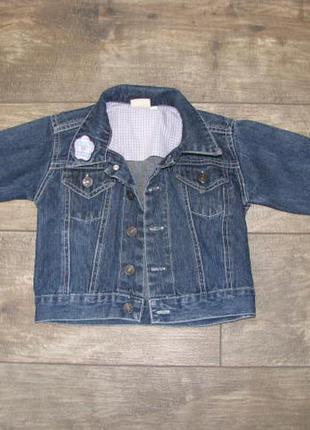 Джинсовая куртка на девочку 6-12 месяцев рост 74 см