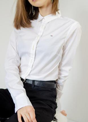 Tommy hilfiger оригинальная хлопковая белая рубашка с длинным ...