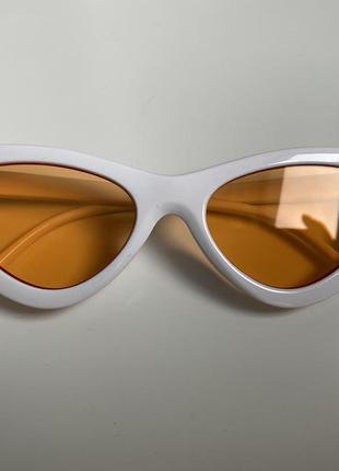 Классические очки кошечки