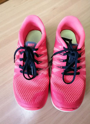 Розовые кроссовки для девочек, Nike, размер 35.5