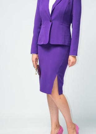 Костюм женский  классический жакет юбка от бренда adele leroy