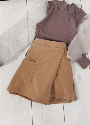 Плотные шорты с имитацией юбки