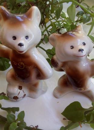 Фарфоровые статуэтки ссср пара медведей спортсменов, полоннско...
