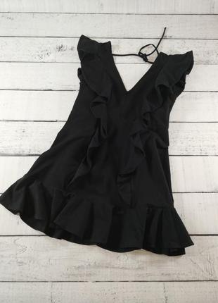 Приталеное платье с оборками 52