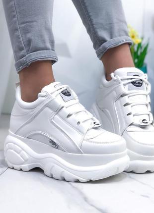 Массивные белые кроссовки в стиле buffalo,ботинки на массивной...