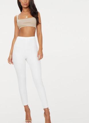 Белые креповые брюки с высокой талией