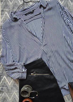 Оверсайз рубашка v-силует в полоску