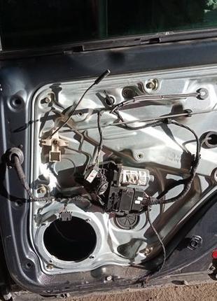 Стеклоподъемник Passat B5+ Фольксваген Пассат Б5+ электро