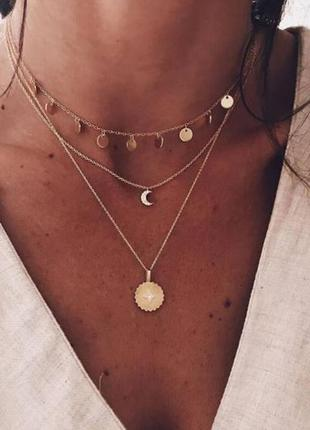 Многослойная цепочка ожерелье с подвесками золотистого цвета