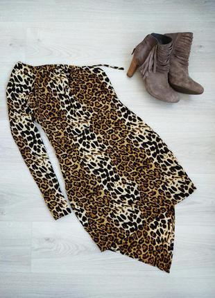 Леопардовое платье мини на одно плече