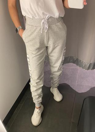 Спортивные штаны на флисе джоггеры amisu есть размеры