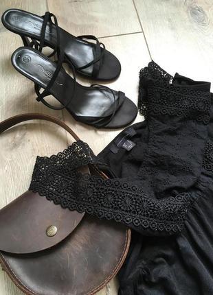 Черный стильный сарафан