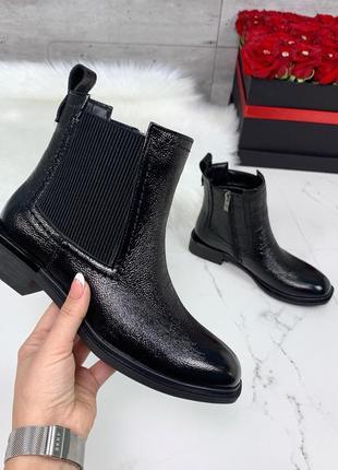 ❤ женские черные весенние демисезонные кожаные ботинки на байке ❤
