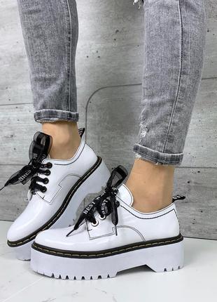 ❤ женские белые кожаные лаковые туфли лоферы ❤