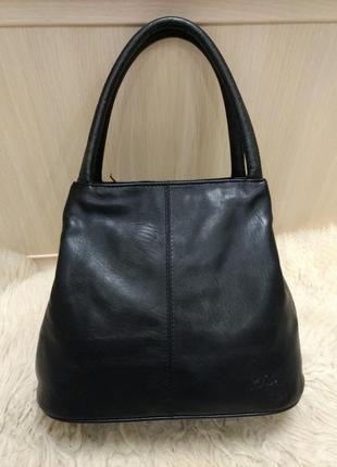 Объемная кожаная сумка mia