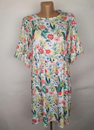 Платье новое трикотажное красивое в принт boohoo uk 18/46/xxl