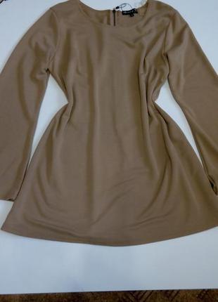 Платье 54 размер мини с рукавом туника бежевое новое распродаж...