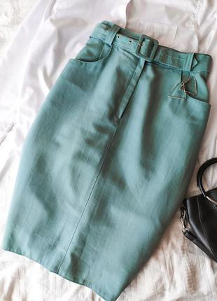 Ментоловая юбка карандаш с завышенной талией и поясом