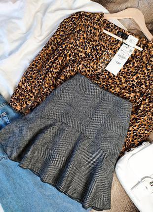 Коротка мини юбка в клетку с воланом  c шерстью