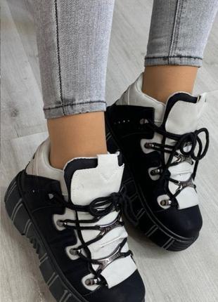 Кроссовки женские,модные и оригинальные, ботинки