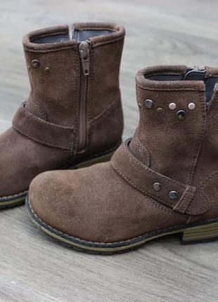 Ботинки clarks натур. замш 26 размер