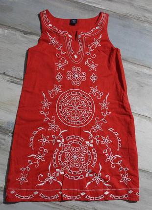 Платье с вышитыми узорами 8-9 лет gap