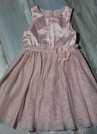 Зефирное платье h&m примерно на 5-6 лет