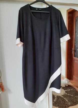 Шикарное асимметричное платье большого размера