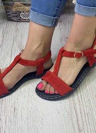 Шикарные красные сандалии натуральный замш