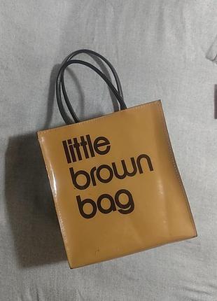 Сумочка little brown bag