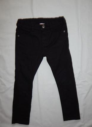 Джинсы черные модные на мальчика 5-6 лет 116см skinny