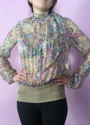 Блуза нежная с цветами сакуры бант на шее шикарная