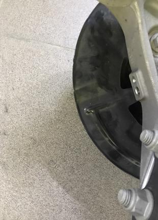 Щиток тормозного диска перед RH Chevrolet Bolt EV 42427549