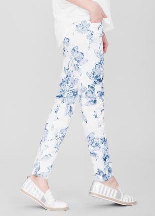 🌷🌷🌷стильные женские укороченные белые джинсы, брюки, штаны в ц...