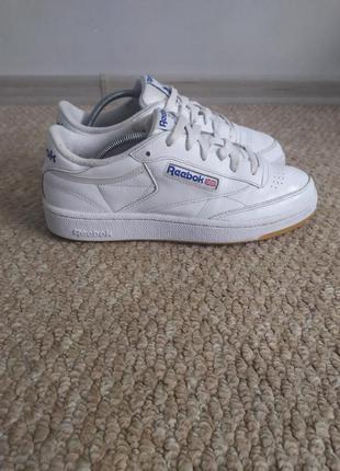 Кожаные белые кроссовки reebok classic 39р