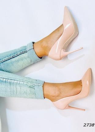 Стильные туфли на каблучке