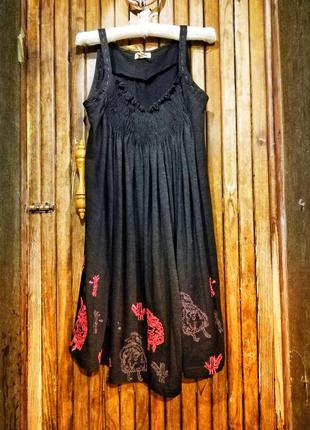 Платье сарафан с вышивкой резинкой на груди птицы бохо repeat
