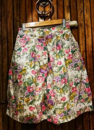 Очень яркие шорты юбка широкие в цветы бохо