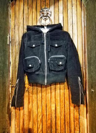 Вельветовая куртка короткая на синтепоне весенняя демисезонная...