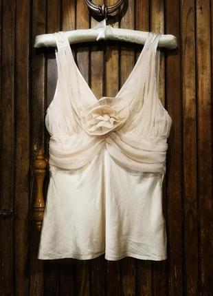 Майка шёлковая блуза нюдовая вечерняя в бельевом стиле с цветком