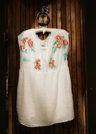 Блуза туника falmer heritage с вышивкой в крапинку точечку
