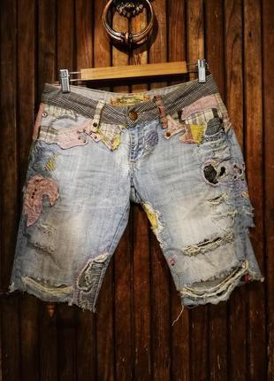 Прикольные шорты джинсовые рваные с дырками аппликацией вышивк...