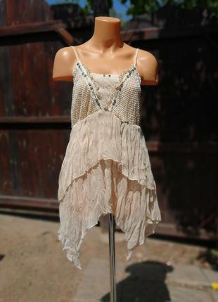 Майка туника асимметричная с рюшами кружевом нюдовая в бохо стиле