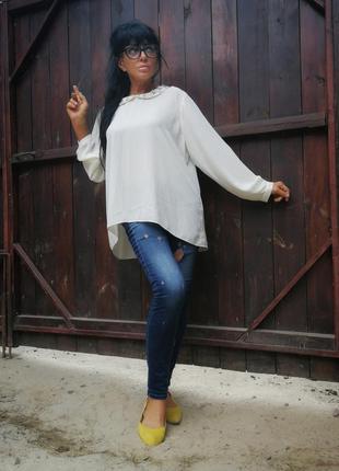 Блуза с камнями аппликацией цветами асимметричная молочная george