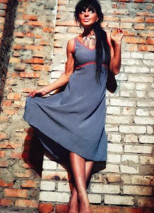Платье из вискозы миди в горох горошек со шнуровкой