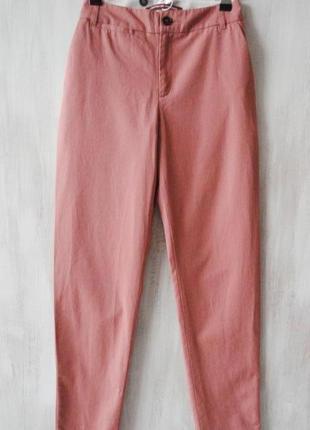Нежные брюки чинос от comptoir des cotonniers (франция), все р...
