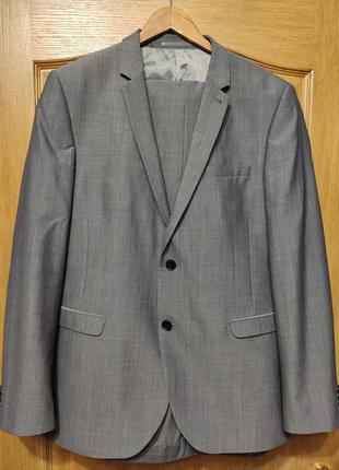 Next мужской серый костюм из тонкой шерсти. состояние нового!